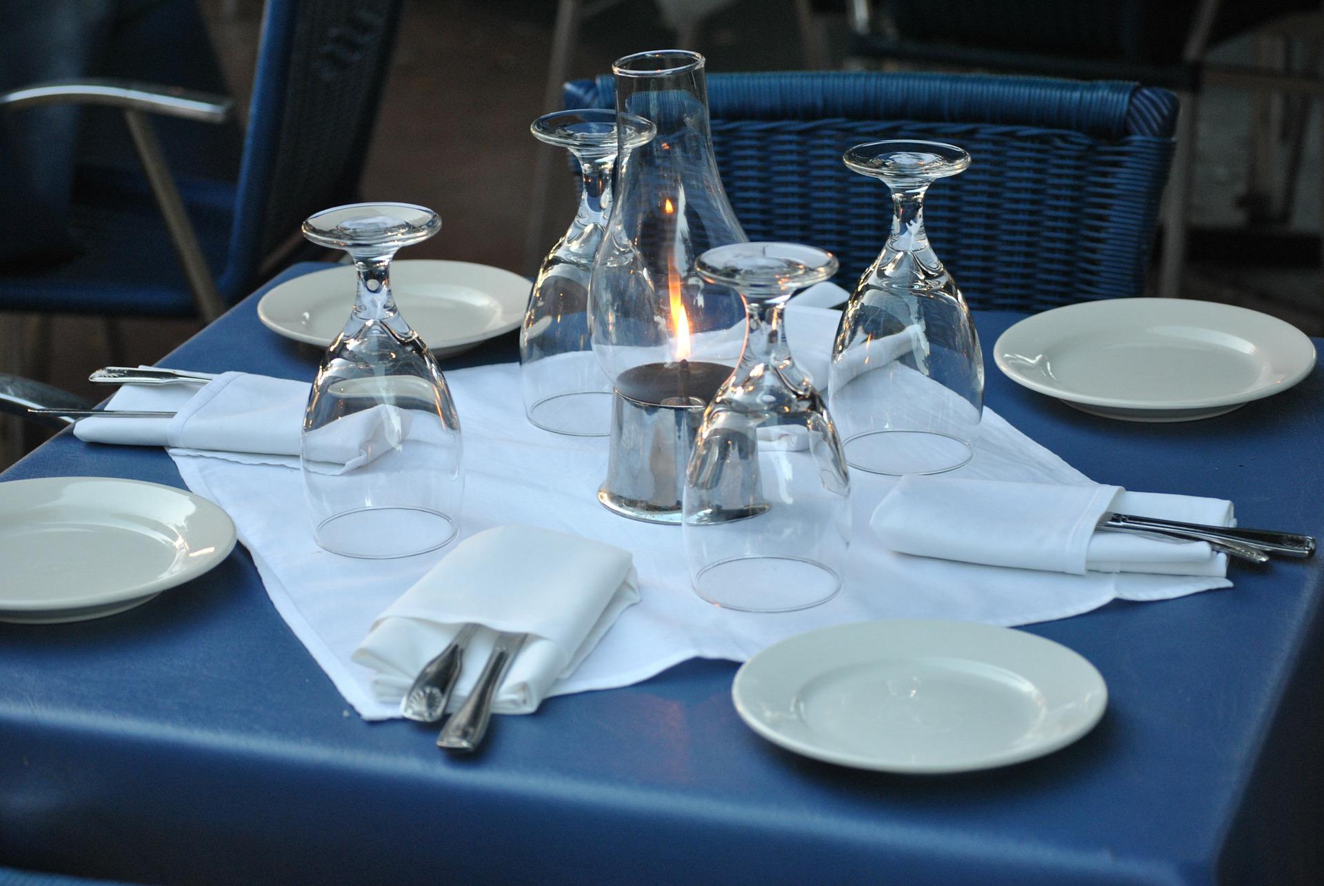 restaurant-18311_1920